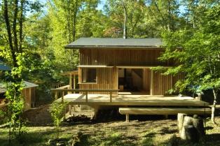 ハルニレの森の家